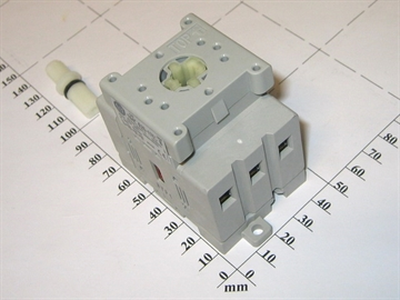 Main switch, 25A 3P